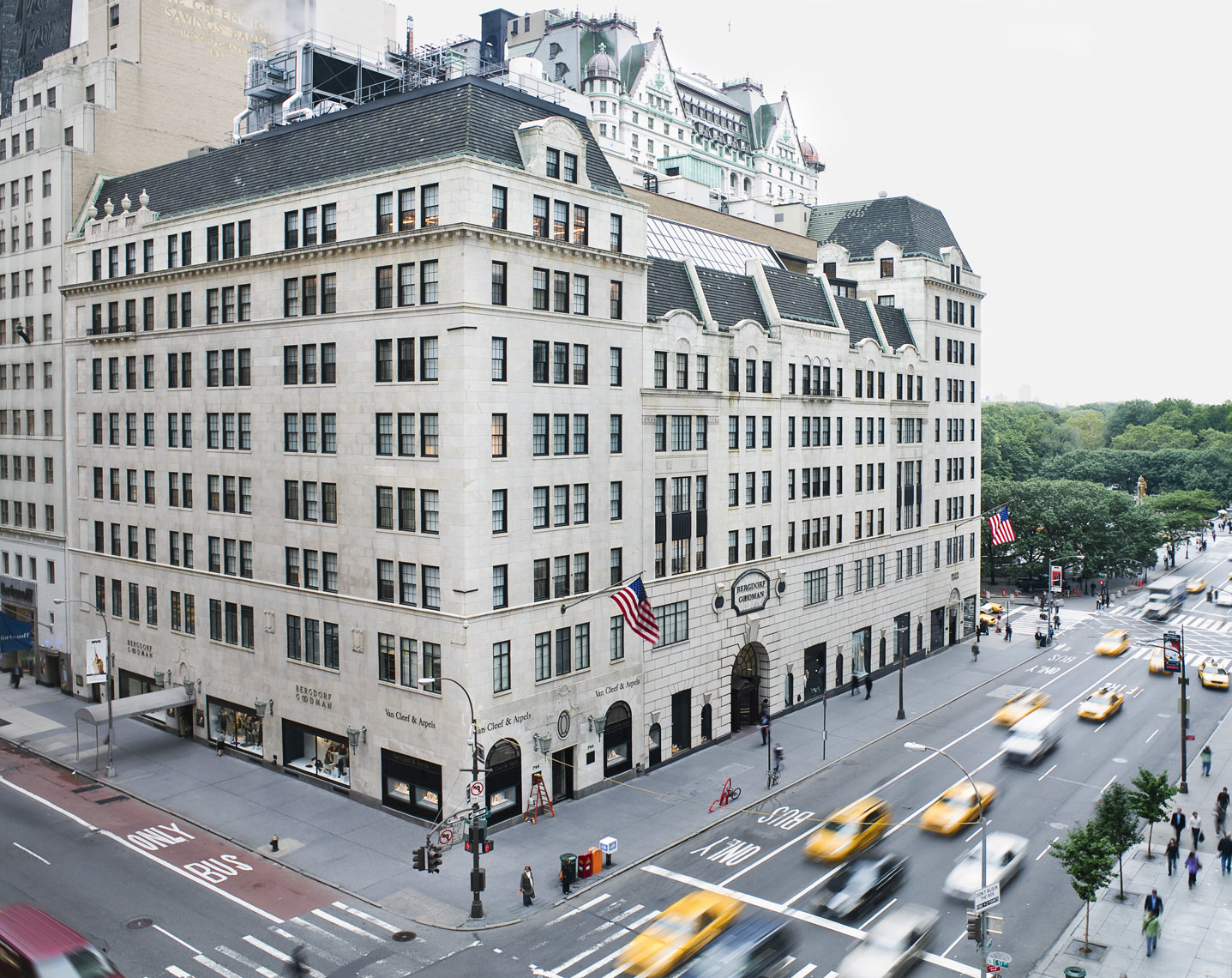 BERGDORF_GOODMAN-39-Edit-Edit_retouched_crop-copy