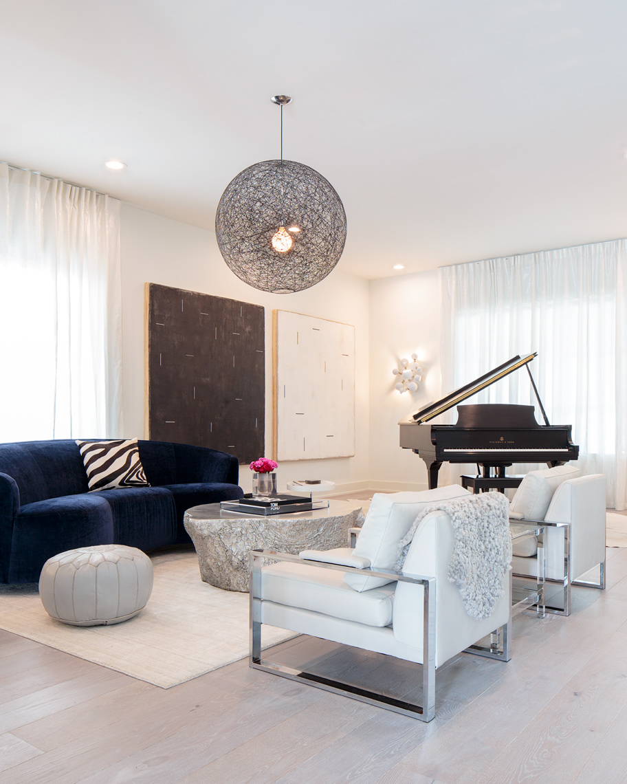 Modern-luxury-magazine-aston-residence-livingroom-poul-ober-photography