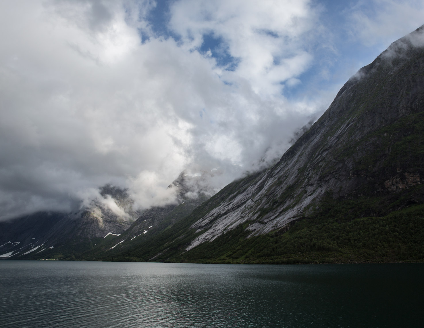 Norway-fjord-Poul-Ober-Photgraphy