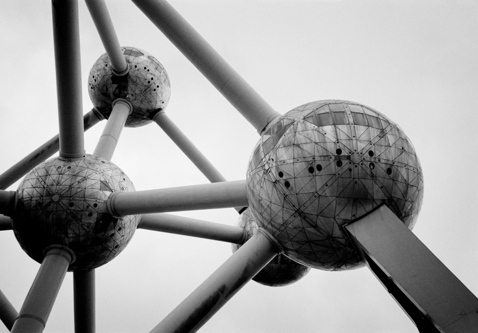 the-atomium-brussels-belgium-poul-ober-photography